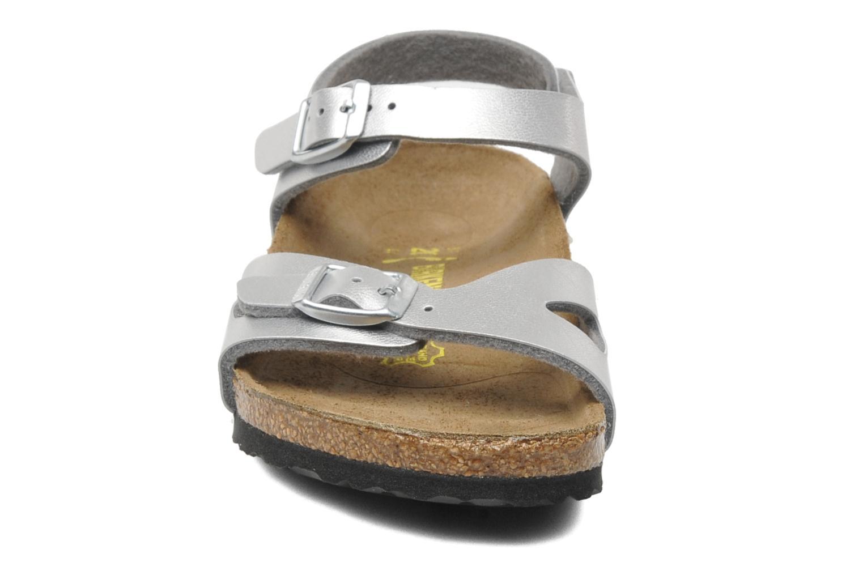 Sandales et nu-pieds Birkenstock Rio Birko Flor Argent vue portées chaussures
