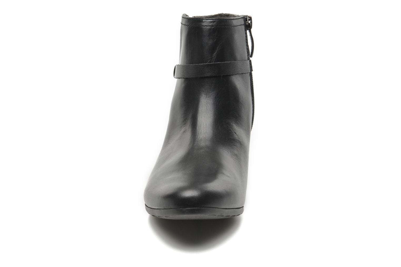 Boots en enkellaarsjes Tamaris Idali Zwart model