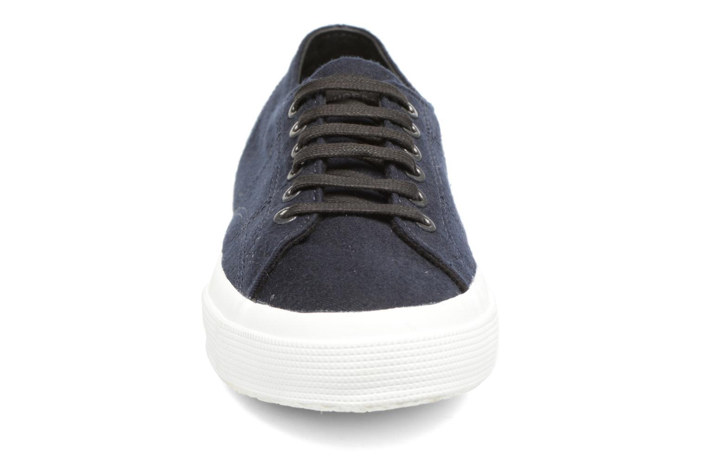Baskets Superga 2750 Fabric Wool M Bleu vue portées chaussures