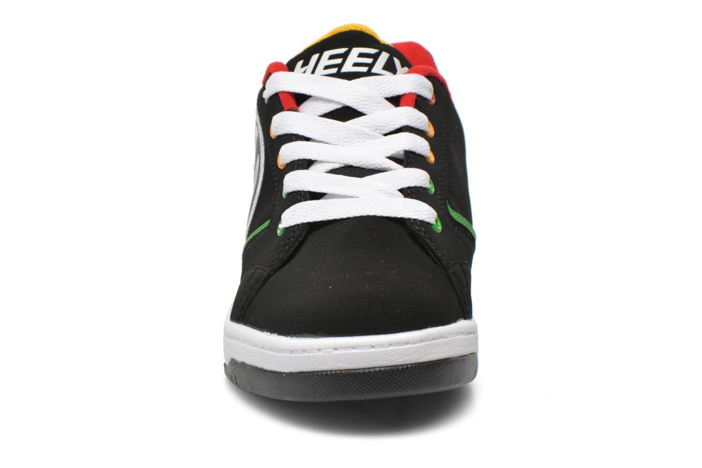 Sneakers Heelys Propel 2.0 Nero modello indossato