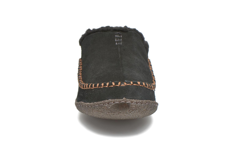 Hausschuhe Sorel Falcon Ridge schwarz schuhe getragen