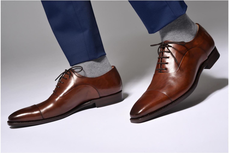 Snörade skor Marvin&Co Luxe Weloofu - Cousu Goodyear Brun bild från under