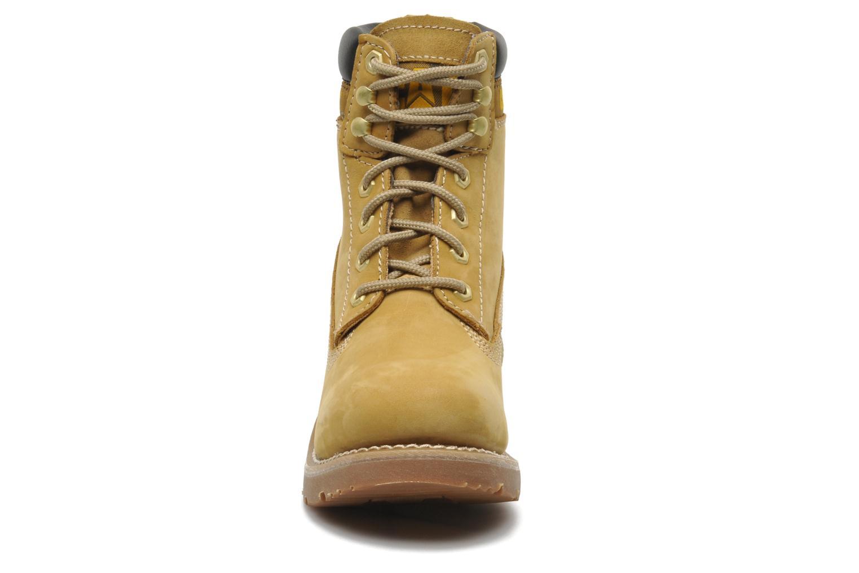 Bottines et boots Caterpillar OTTAWA Marron vue portées chaussures