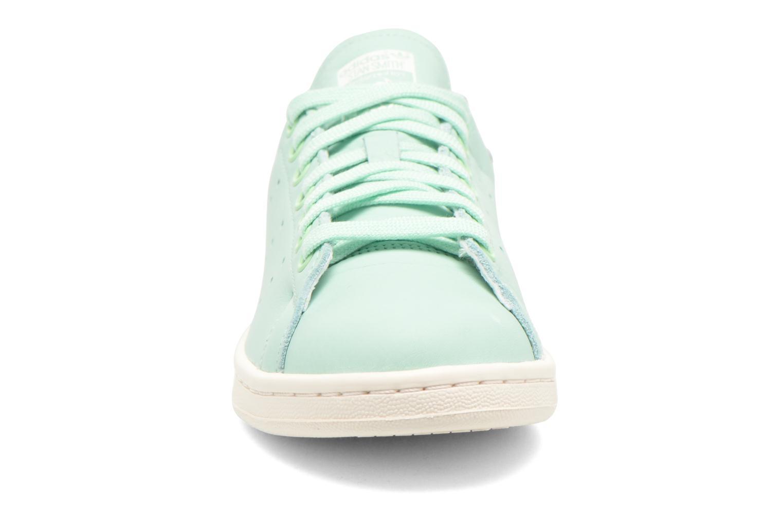 Baskets Adidas Originals Stan Smith W Vert vue portées chaussures