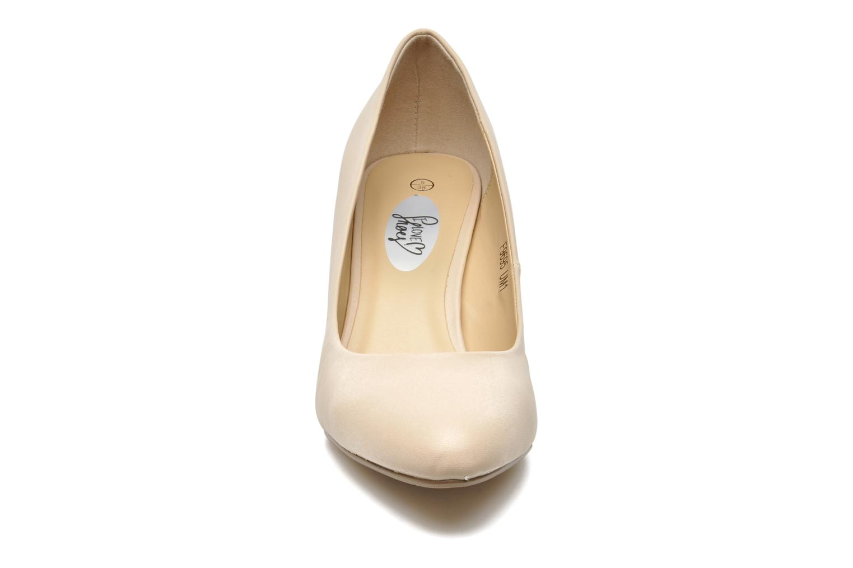 High heels I Love Shoes Kizup Beige model view