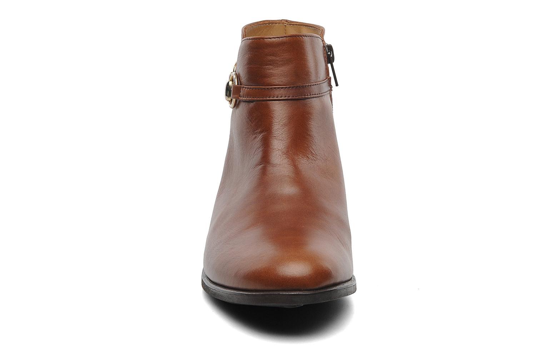 Bottines et boots Georgia Rose Amalgame Marron vue portées chaussures
