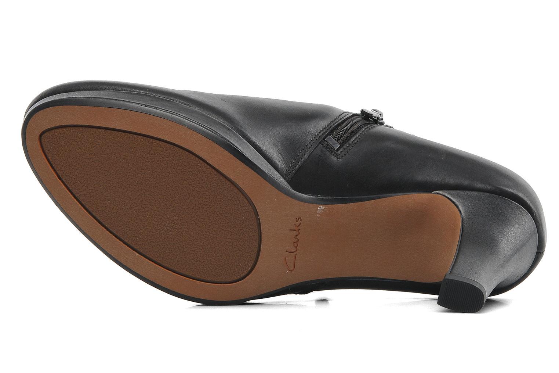Amos Kendra Black leather