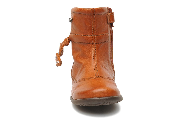 Bottines et boots Stones and Bones MAIL Marron vue portées chaussures