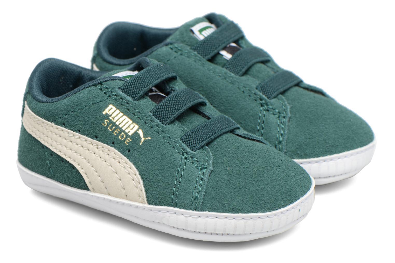 Sneakers Puma Suede Crib Verde modello indossato