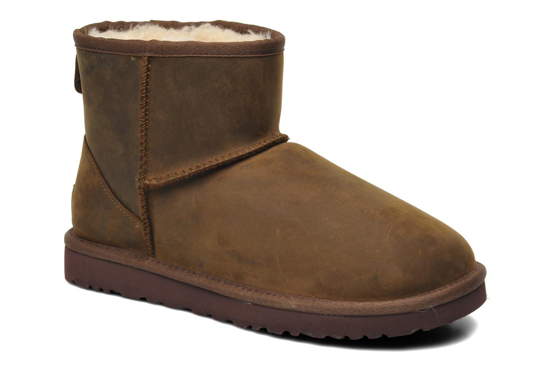 Ugg classic mini leather marron bottines et boots chez for Ugg fourrure exterieur