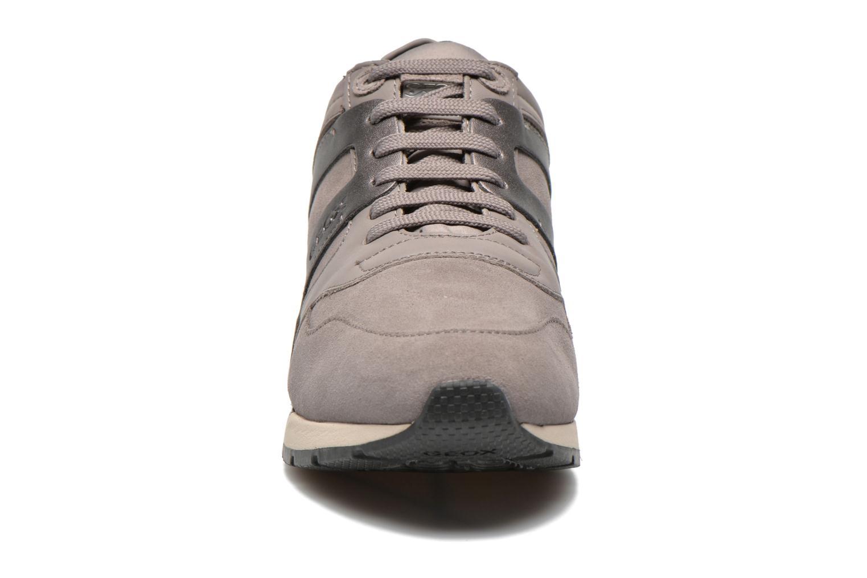 Sneaker Geox D SHAHIRA B D44N1B grau schuhe getragen