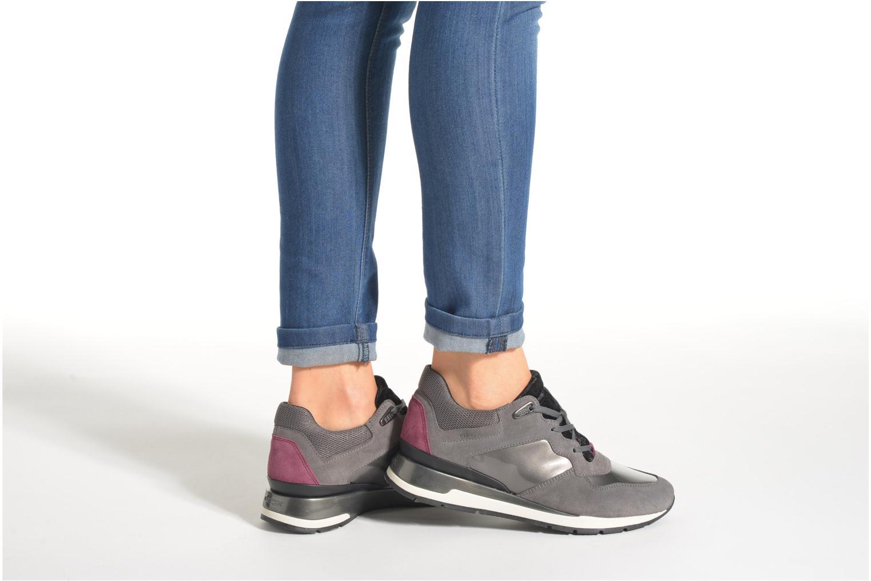 Sneaker Geox D SHAHIRA A D44N1A grau ansicht von unten / tasche getragen