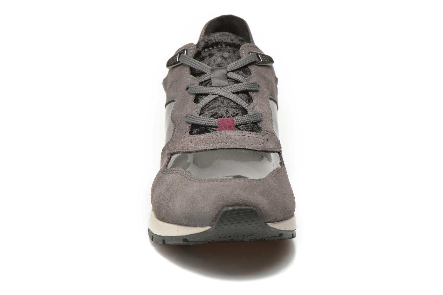 Trainers Geox D SHAHIRA A D44N1A Grey model view