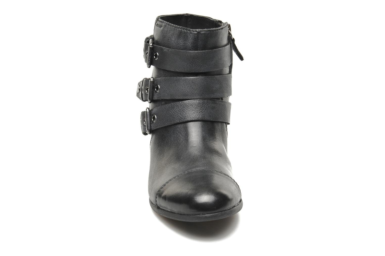 Boots en enkellaarsjes Geox D LUCINDA A D4470A Zwart model