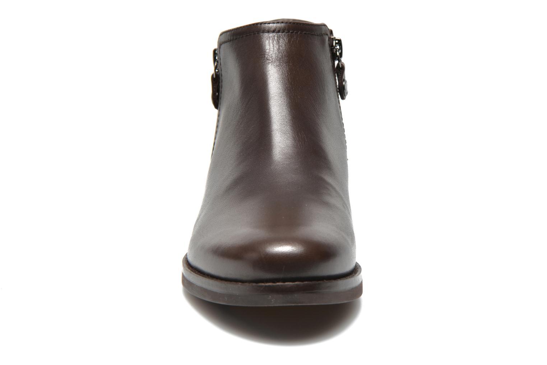 Bottines et boots Geox D PROMETHEA F D44R3F Marron vue portées chaussures