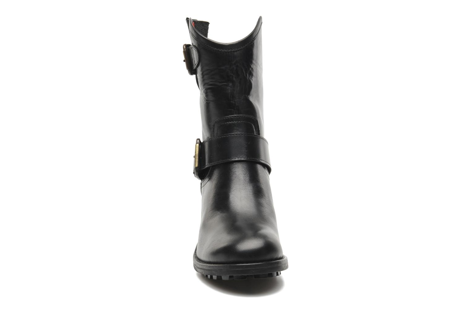 Ankle boots Pastelle Andy Black model view