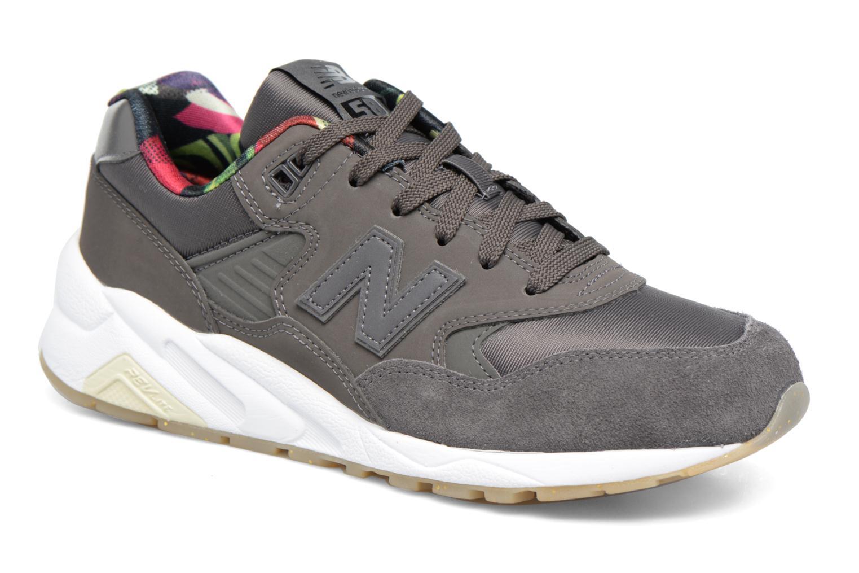 Sneakers New Balance WRT580 Grå detaljerad bild på paret