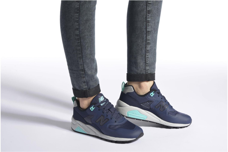Sneakers New Balance MRT580 Grigio immagine dal basso