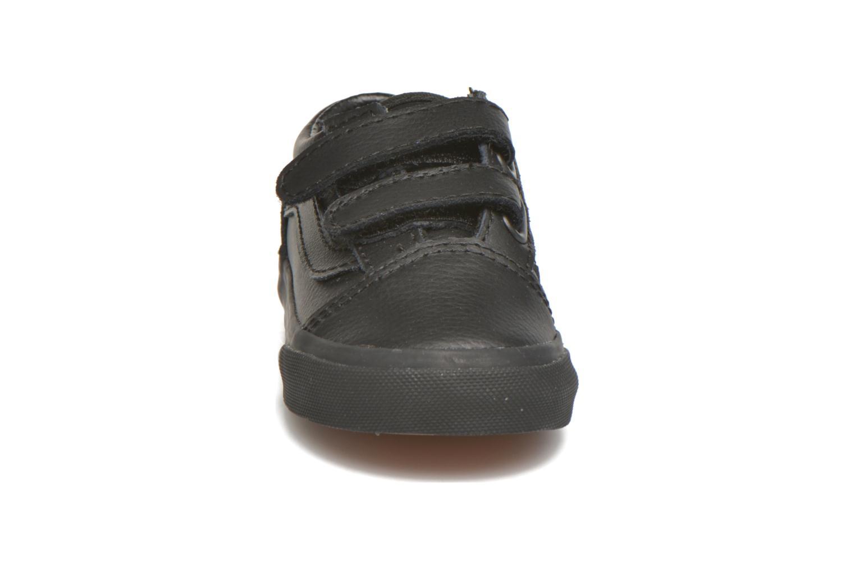 Sneaker Vans Old Skool V BB schwarz schuhe getragen
