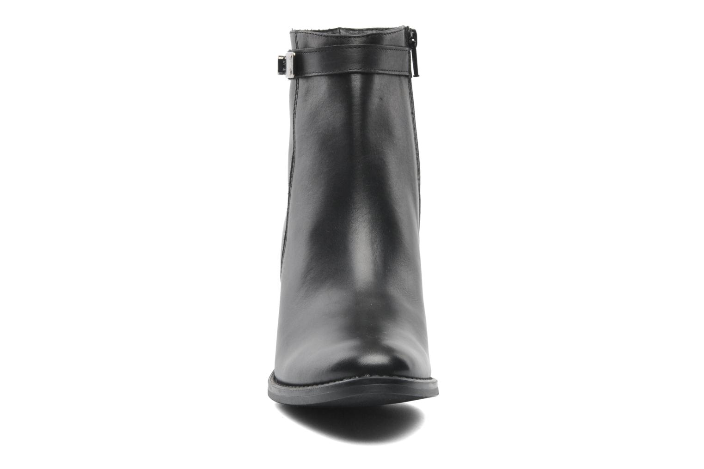 Stiefeletten & Boots Elizabeth Stuart Frida 391 schwarz schuhe getragen