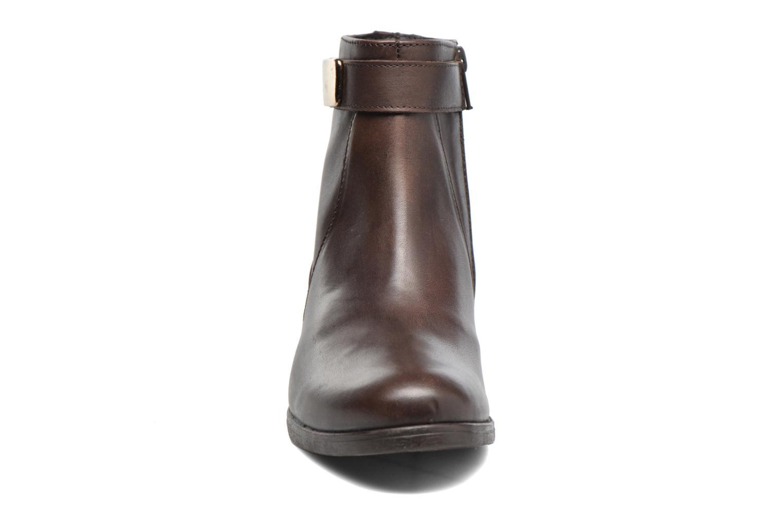 Bottines et boots Elizabeth Stuart Cassey 391 Marron vue portées chaussures