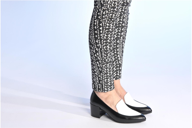 Slipper Made by SARENZA Bataclan #26 schwarz ansicht von unten / tasche getragen