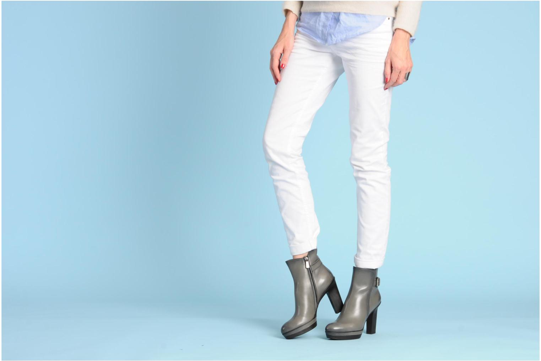 Bottines et boots Santoni Samantha 52511 Gris vue bas / vue portée sac