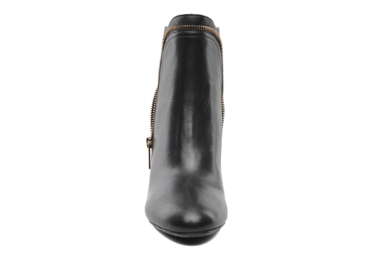 Boots en enkellaarsjes JB MARTIN 1Janice Zwart model