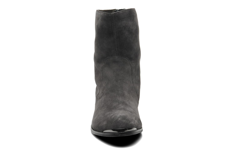 Stiefeletten & Boots JB MARTIN 2Cheryl grau schuhe getragen