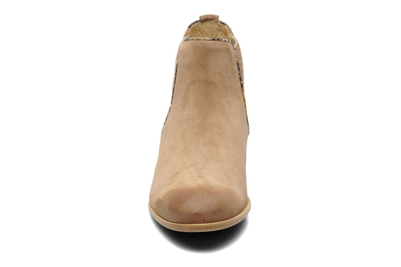 Bottines et boots Georgia Rose Parmak Beige vue portées chaussures