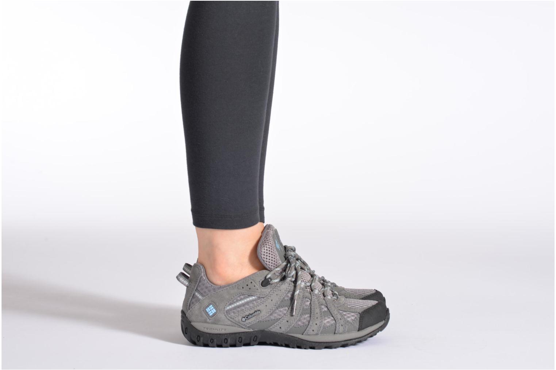 Chaussures de sport Columbia Redmond W Gris vue bas / vue portée sac