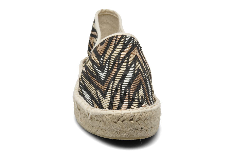 Espadrillos Colors of California Ilan Brun se skoene på