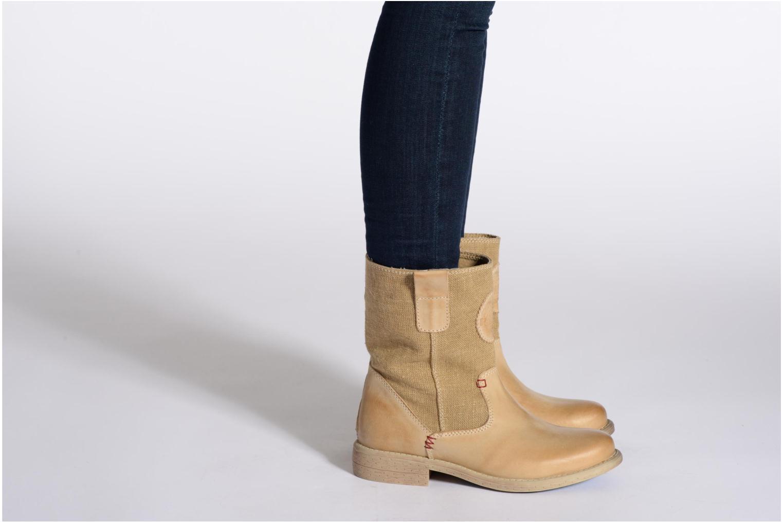 Bottines et boots Gaastra Carrack Beige vue bas / vue portée sac