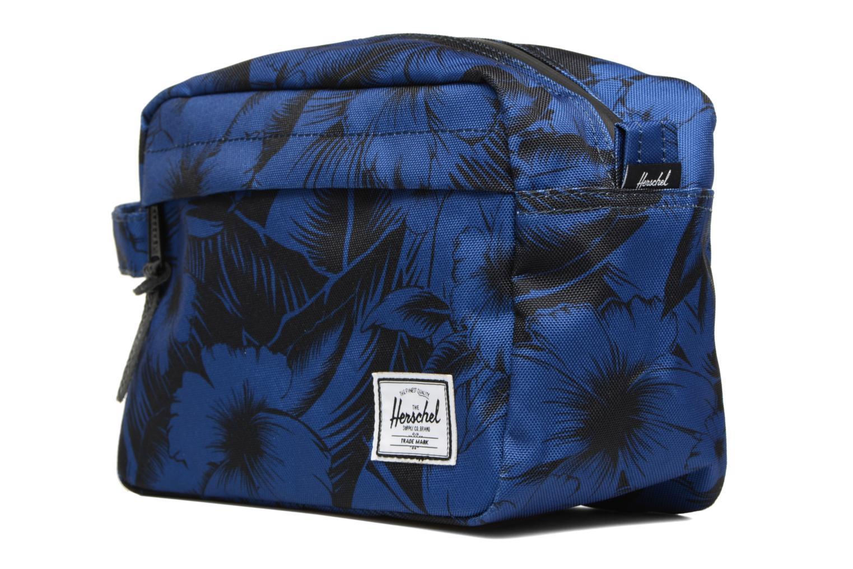 Luggage Herschel Chapter Blue model view