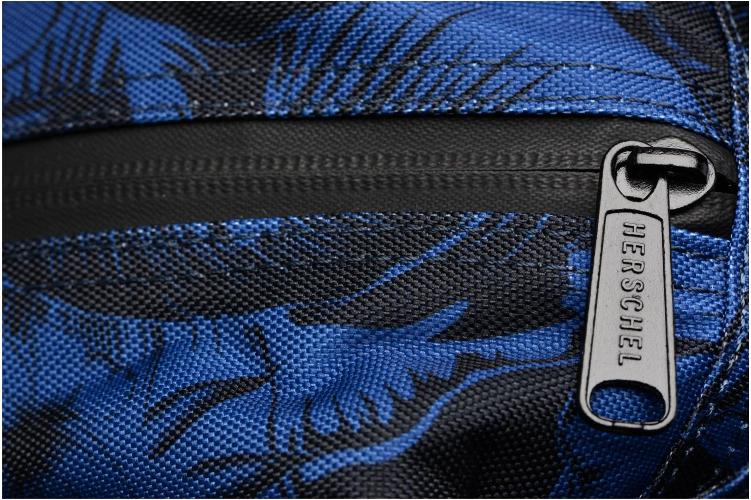 Luggage Herschel Chapter Blue view from the left