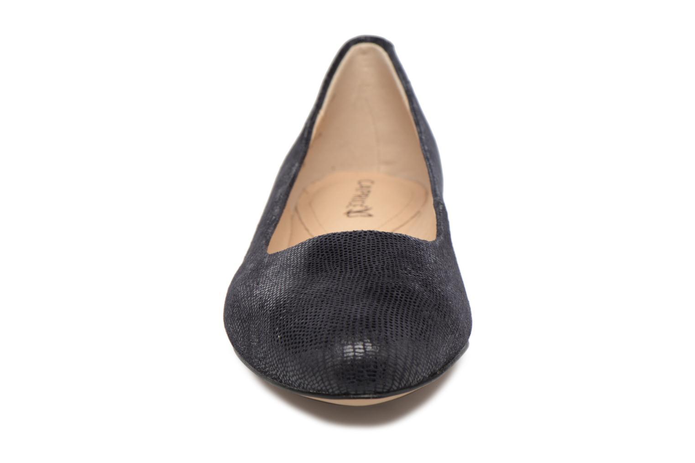 Ballerines Caprice Vinyle Bleu vue portées chaussures