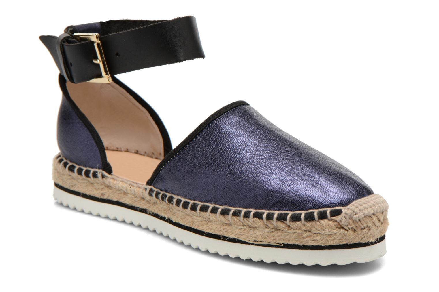 Sandals Anaki Chica Blue detailed view/ Pair view