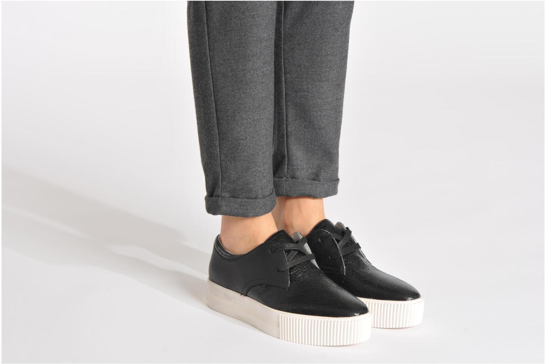 Chaussures à lacets Ash Keanu Noir vue bas / vue portée sac