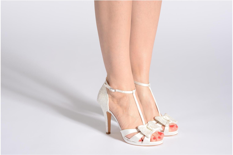 Sandales et nu-pieds Menbur Betoine Blanc vue bas / vue portée sac