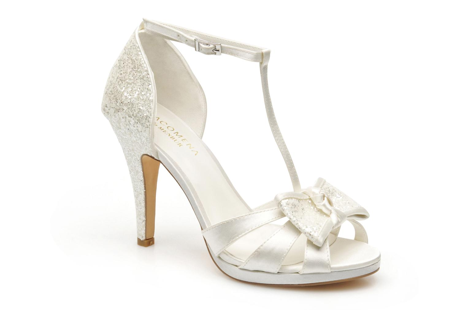 Sandals Menbur Betoine White detailed view/ Pair view