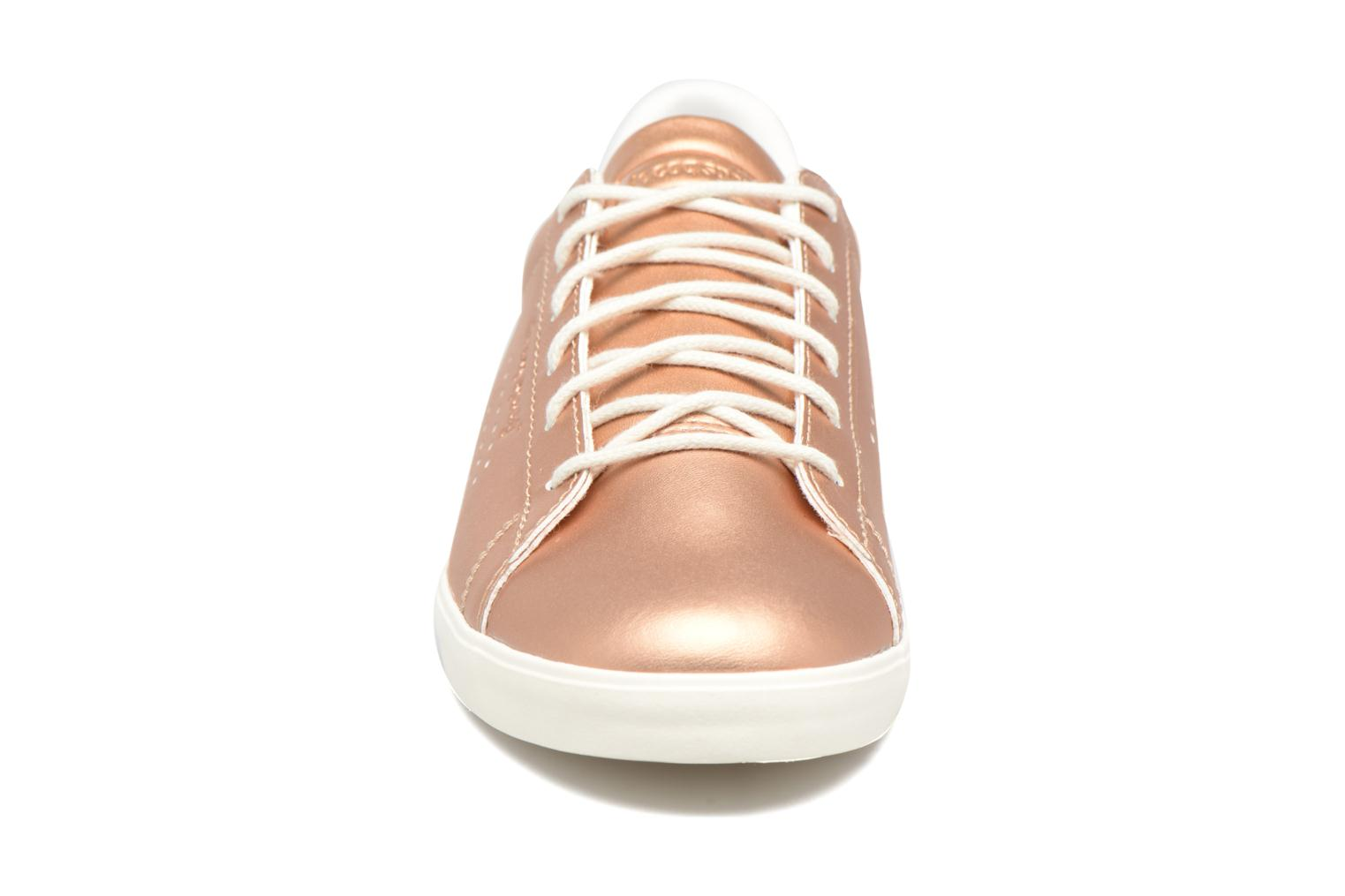 Trainers Le Coq Sportif Agate LO S Pink model view