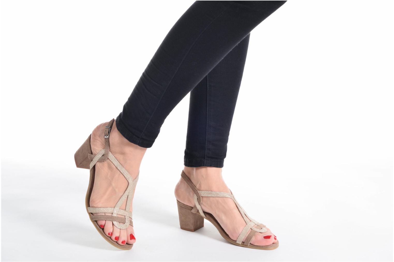 Sandalen Perlato Pandora beige ansicht von unten / tasche getragen