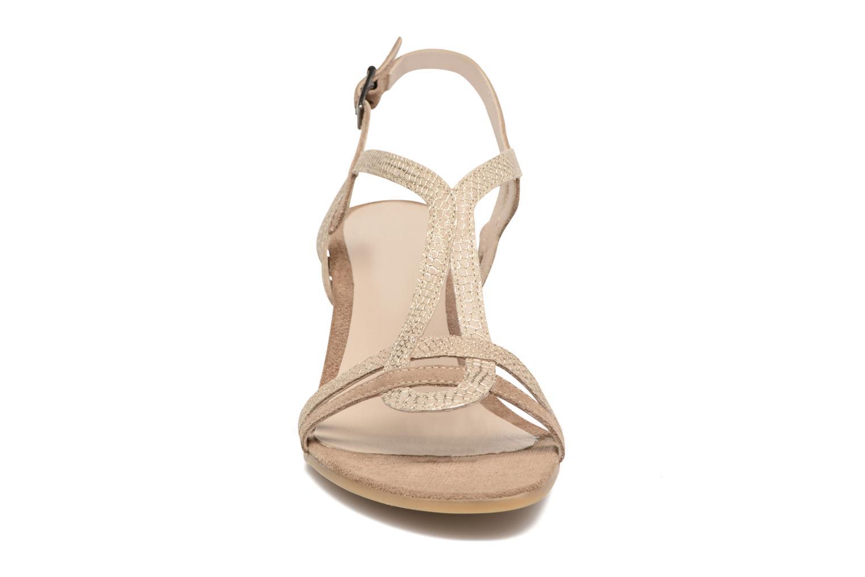 Sandalen Perlato Pandora beige schuhe getragen