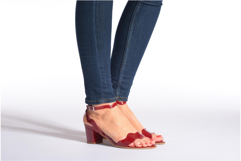 Sandales et nu-pieds Perlato Paz Noir vue bas / vue portée sac