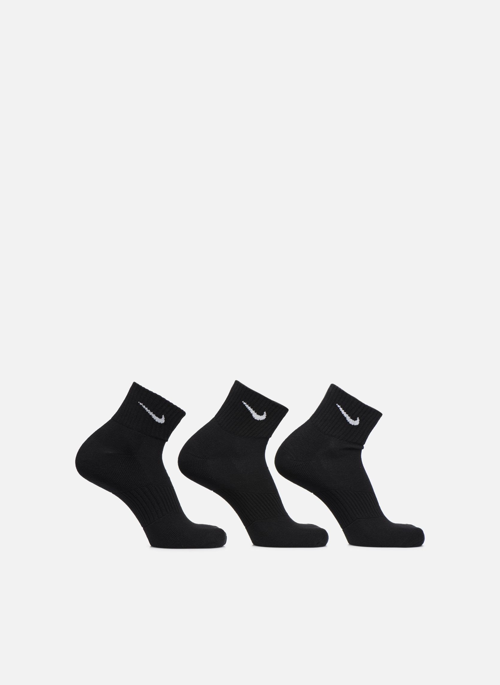 BLACK/(WHITE)