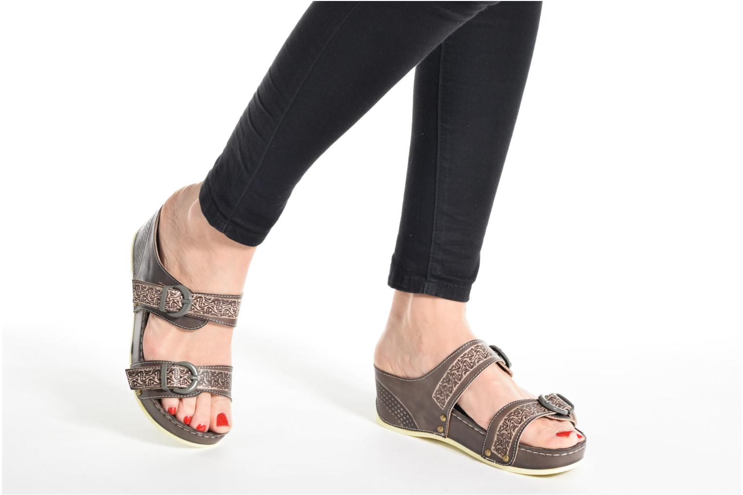 Mules & clogs Laura Vita Scep Black view from underneath / model view