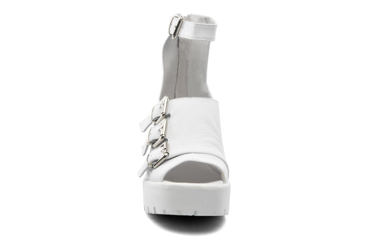 Olga 1 White smooth leather