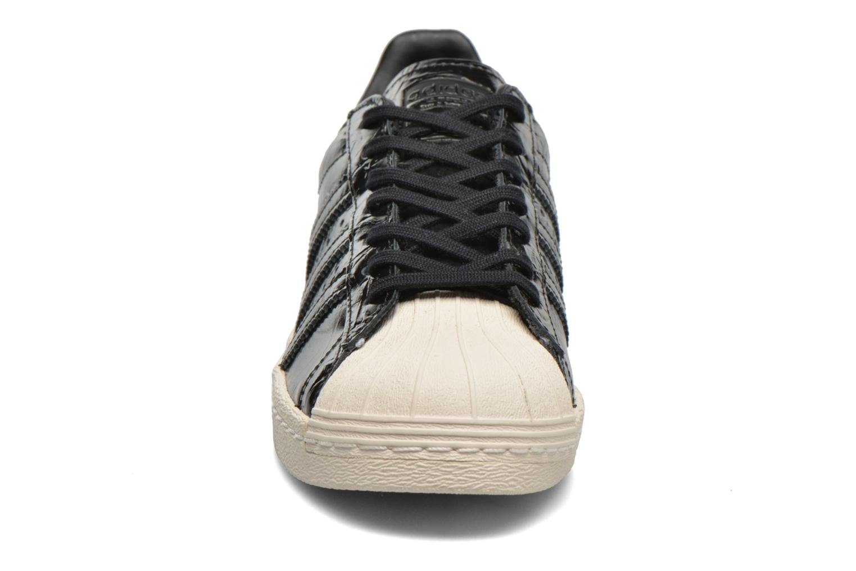 Sneakers Adidas Originals Superstar 80S W Nero modello indossato