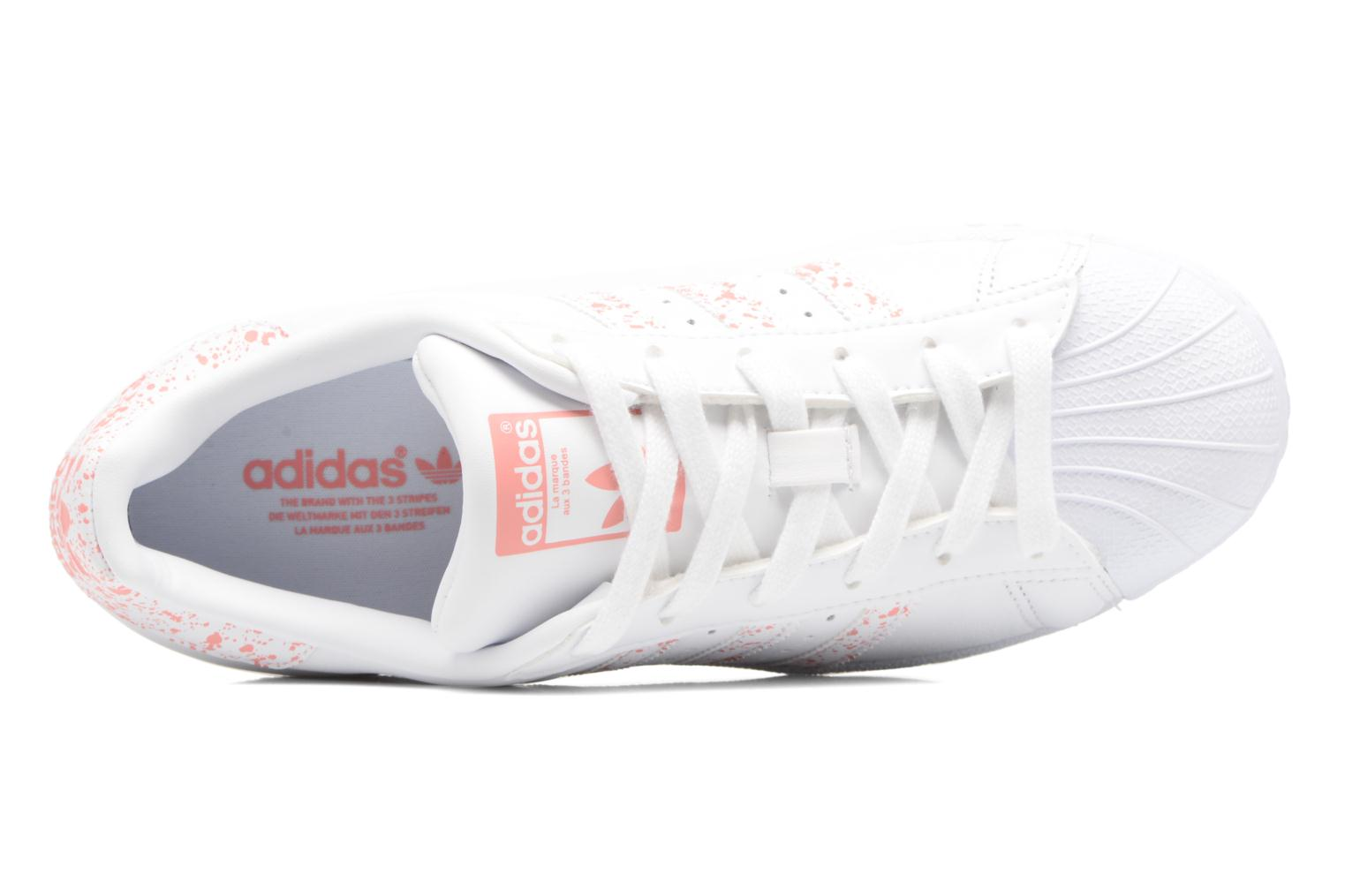 Trainers Adidas Originals Superstar W White view from the left