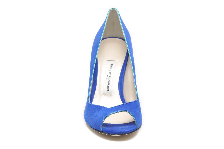Pumps Terry de Havilland Chloe blau schuhe getragen